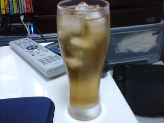 午後の麦茶