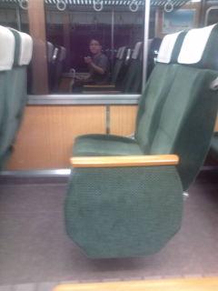 阪急9300<br />  系の座席