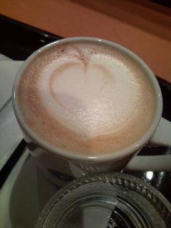 カフェで朝食を