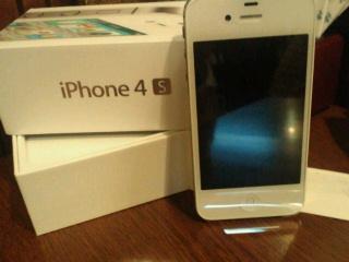 まさかのiPhone4S