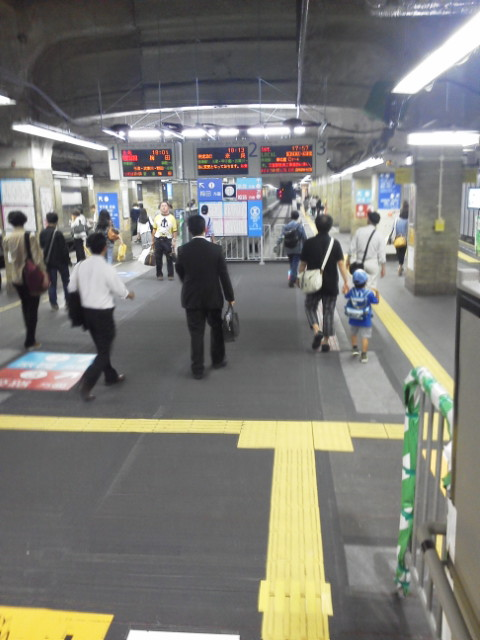 新しくなった阪神三宮駅