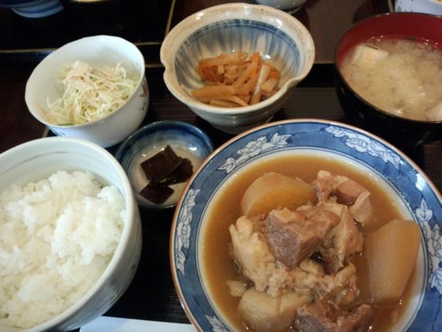 大根と豚肉の味噌煮込み定食